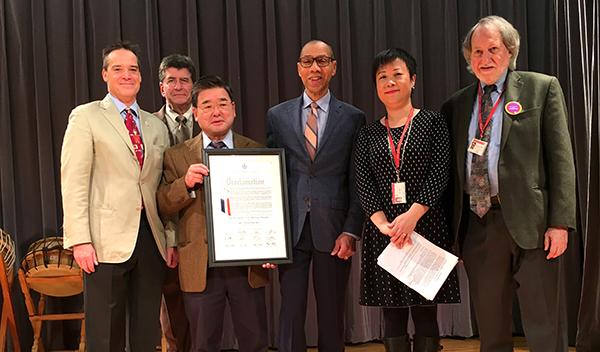 Biblioteca de Flushing celebra 40 años del Programa New Americans para inmigrantes