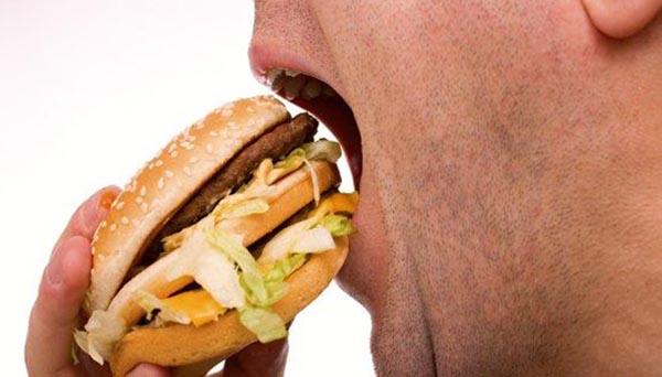 Comida chatarra debilita el cuerpo