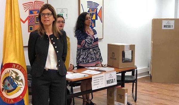 Colombianos pueden votar toda la semana en consulado NY