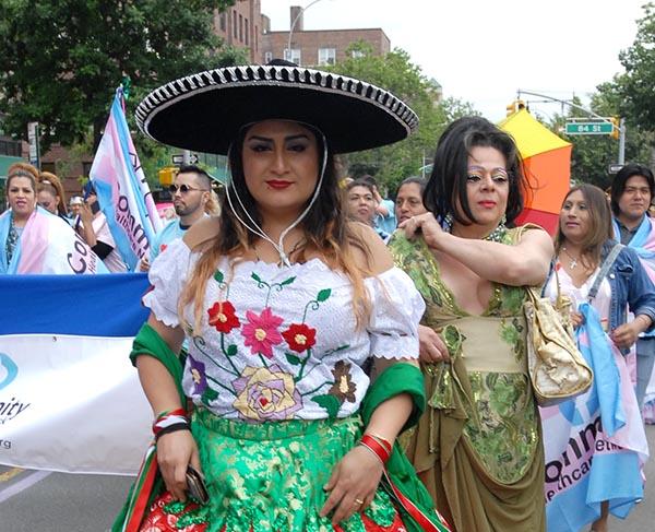 Desfile del Orgullo Gay en 37 avenida de Jackson Heights