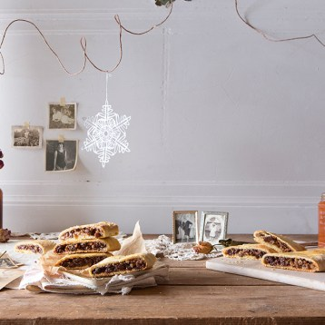 """""""Nana's Cookies"""" Food & Prop Styling for TABLE Magazine"""