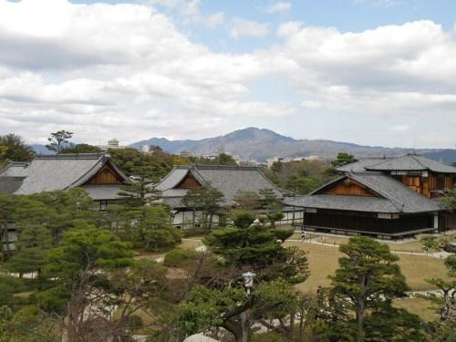 Complejo de edificios del Castillo Nijo en Kioto