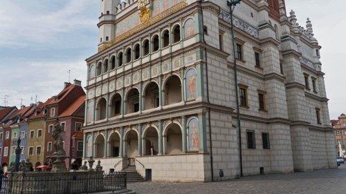 Antiguo Ayuntamiento de Poznan en la Plaza del Mercado