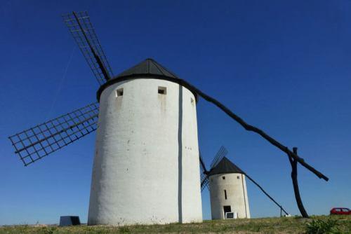 Molinos de La Mancha, también conocidos como los molinos de Don Quijote