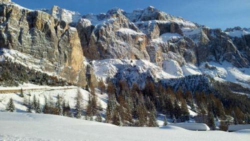Conjunto montañoso de las Dolomitas