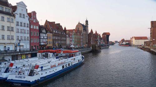 Ferris en el río Motlawa, la forma más pintoresca de recorrer Gdansk