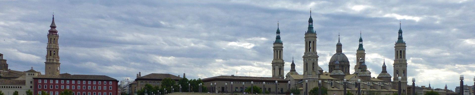 Guía turística con toda la información necesaria para visitar Zaragoza