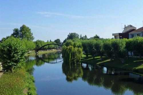 Río Cabe a su paso por Monforte de Lemos