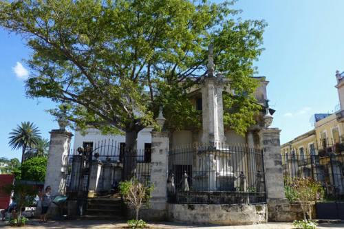 El Templete y la ceiba, lugar de fundación de La Habana en 1519