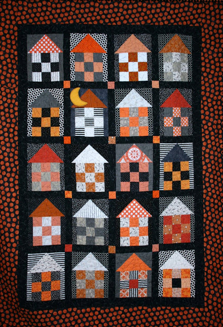 Simple Halloween quilt Little Bit Biased