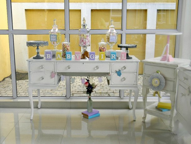 baby_shower_-_candy_buffet_cabinet