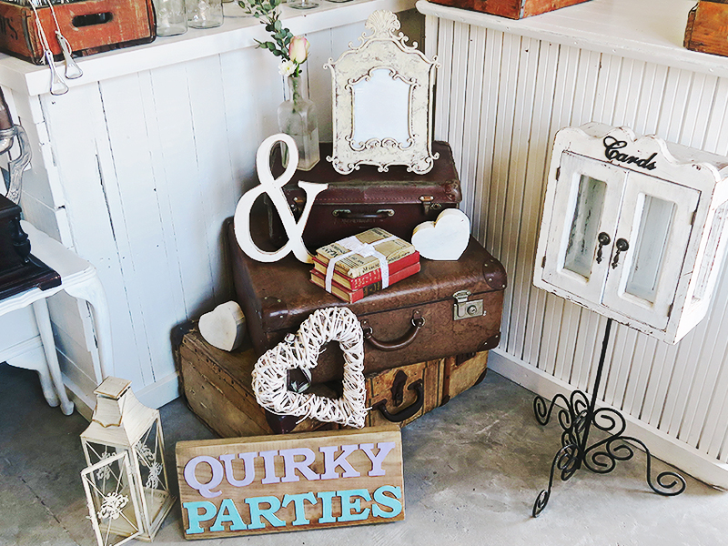 Quirky Parties - Suitcase - Vintage Display - Hire 2