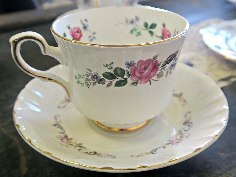 Quirky Parties - Vintage Tea Cup