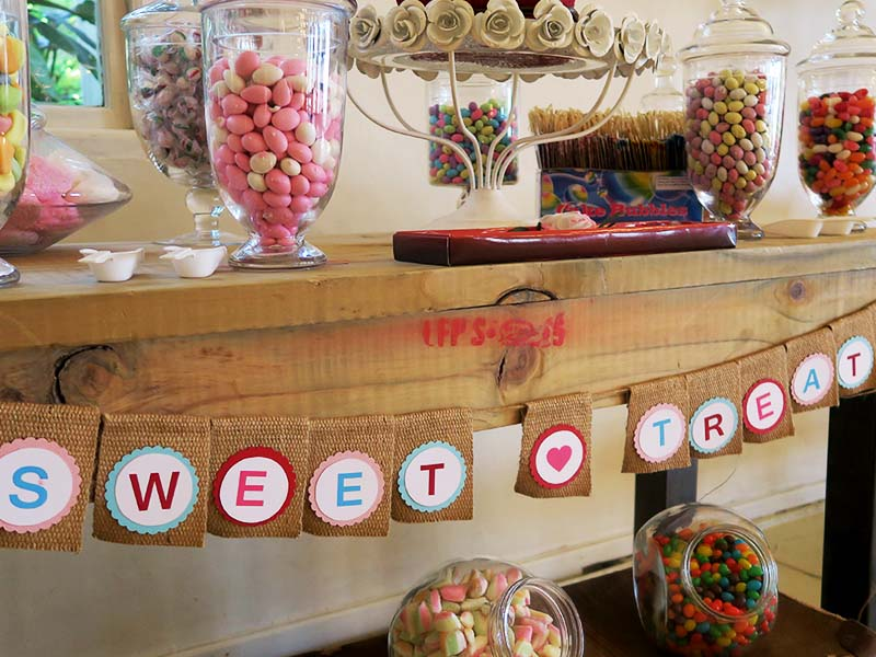 Candy Buffet sign - Quirky Parties