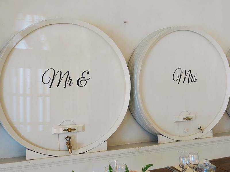 Vinyl Mr and Mrs - Quirky Parties