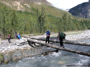 Icefall-lodge-crossing-the-creek