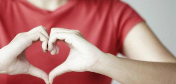 ¿Cómo aprender a escuchar a los otros? La escucha que serena el corazón humano