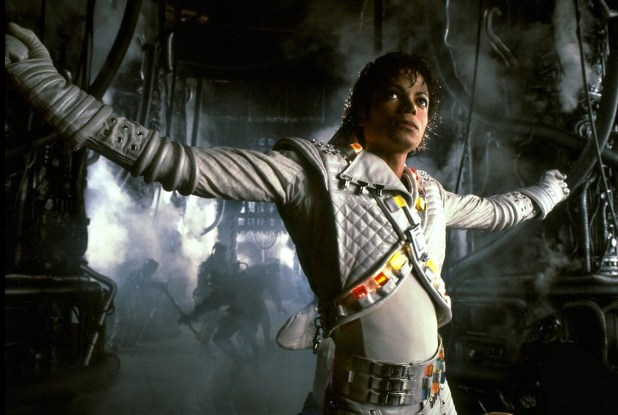 captain-EO-michael-jackson-11647432-1937-1300