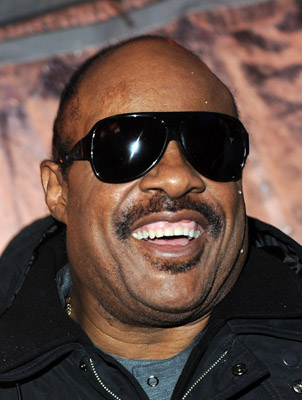62860378keverix1221201035248AM LOOK: Its Stevie Wonder