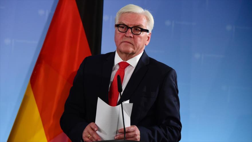 frank-walter-steinmeier-ministro-de-exteriores-de-alemania-durante-una-rueda-de-prensa-4-de-noviembre-de-2016