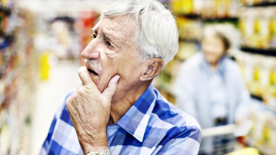 Un equipo de científicos elabora una puntuación genética que permite calcular el riesgo específico de desarrollar la enfermedad de Alzheimer basándose en información genética de las personas.