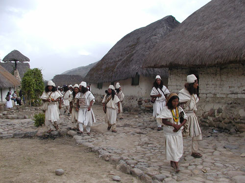 indigenas-del-cesar
