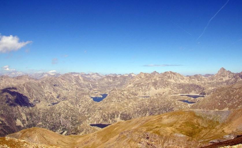 El impacto del cambio climático ha sido mayor desde 1970 en el Pirineo central, sobre todo en los meses de primavera y verano. / Javier Sigró