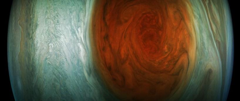 Imagen con el color mejorado de la Gran Mancha Roja de Júpiter creada por otro 'citizen scientist', que usó los datos de la cámara JunoCam. / NASA/JPL-Caltech /SWRI/MSSS/Gerald Eichstädt
