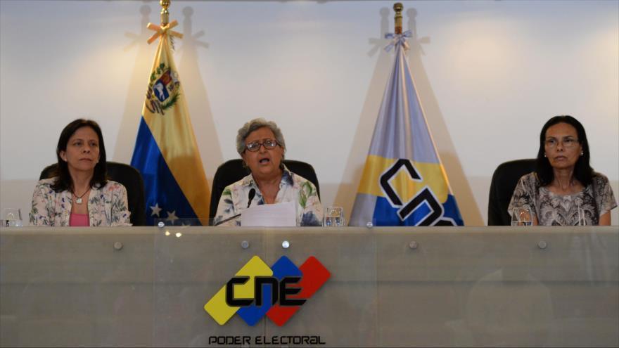 Elecciones primarias de la oposición venezolana en imágenes y videos