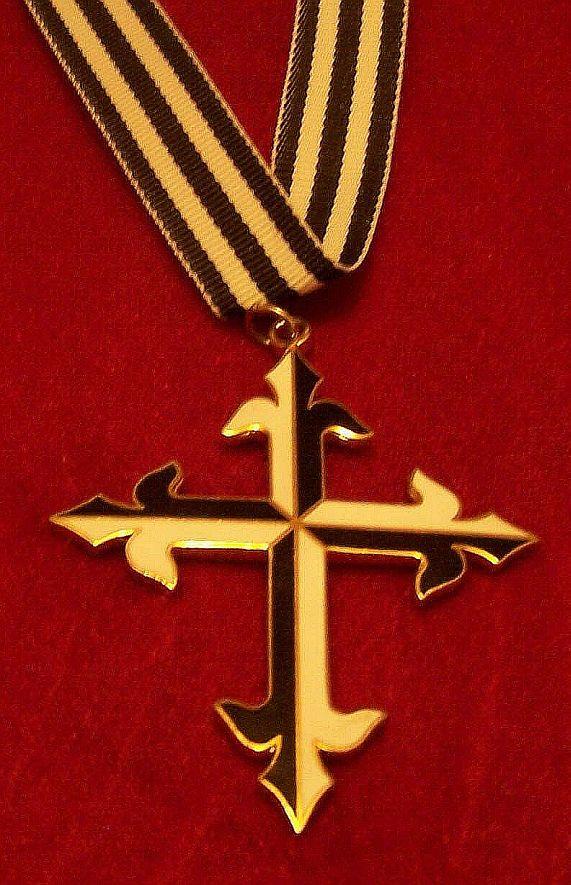 dom cross