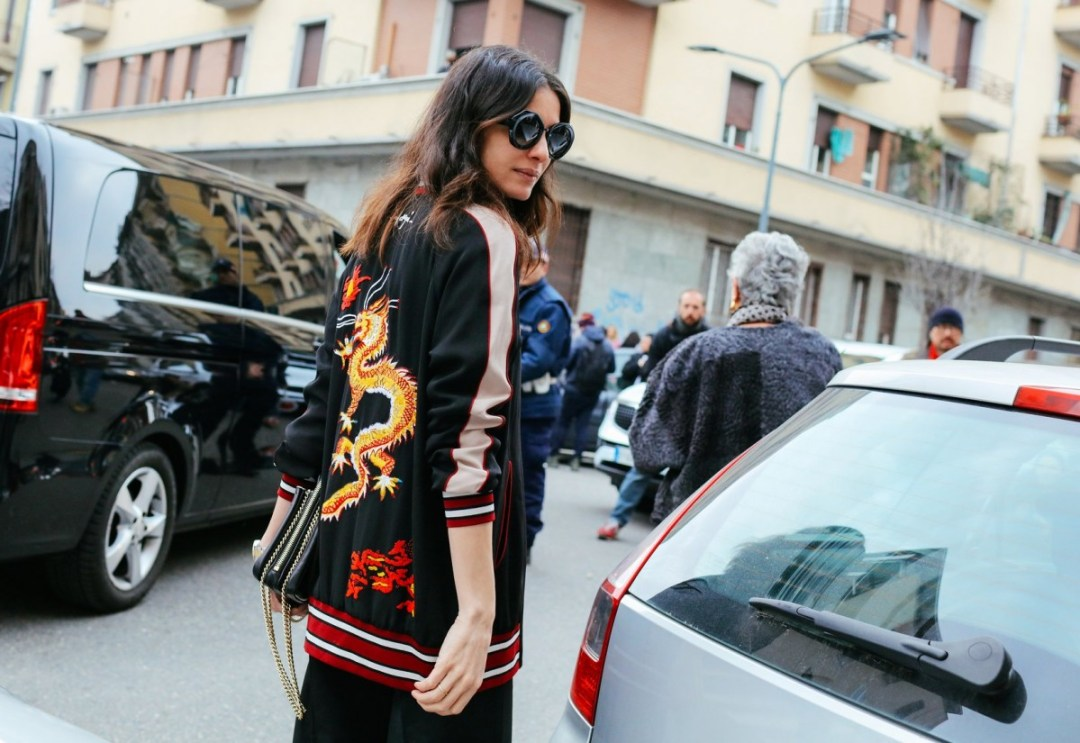 holding-street-style-jackets-to-buy-now