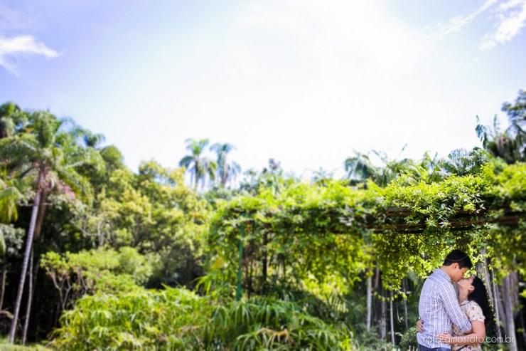 casamento no jardim botanico sao paulo:casal no jardim botânico, ensaio de casal, ensaio externo, São paulo