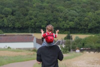 La vie est belle sur les épaules de Papa