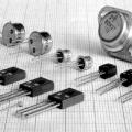 persamaan transistor