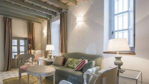 casa-shelly-gallerysitting-room-ii-