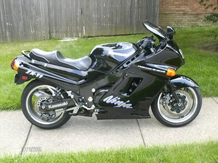 1992 Kawasaki ZX-11 R Side