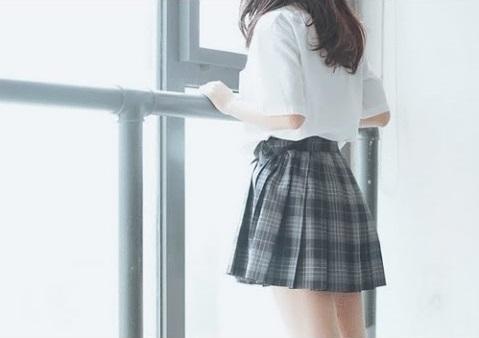 女子高生1