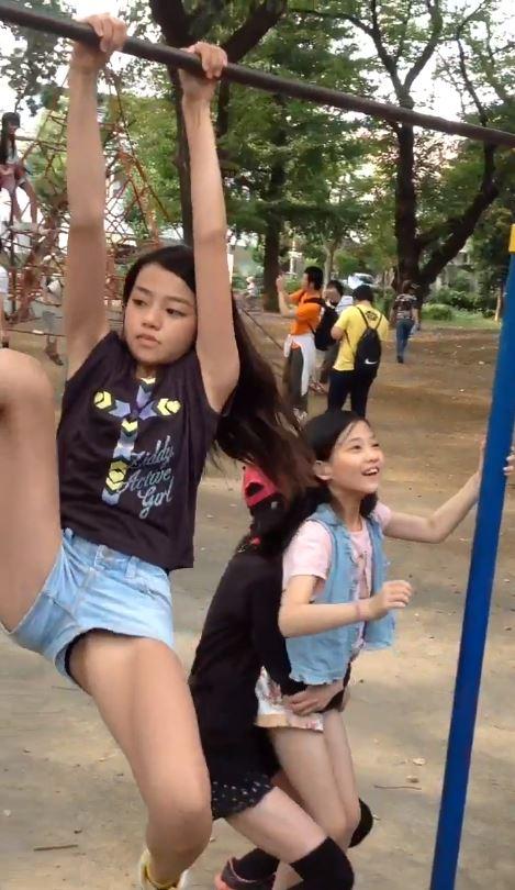 女子小学生2
