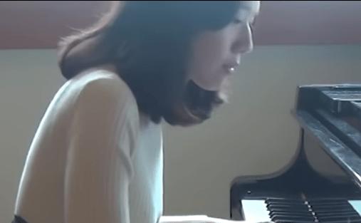 piano351
