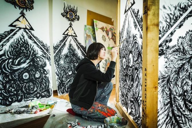 女画家201
