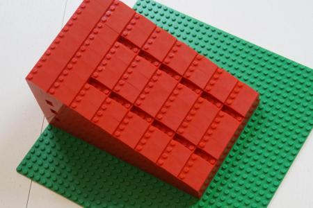 Mini-Rollstuhlrampe mit LEGO selber bauen.