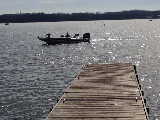 Longview_Lake1024