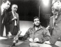 """Ernesto Che Guevara en el programa en vivo """"Face the Nacion"""" de los estudios de CBS TV en Nueva York, el 13 de diciembre de 1964. Foto: AP."""