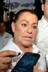 La alcaldesa de Gómez Palacio, Juana Leticia Herrera Ale, mareada por el poder amenaza al director del periódico Palabra Vecinal con demandarlo en Estados Unidos.