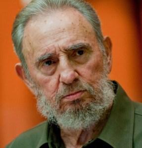 Fidel Castro, falleció el viernes 25 de noviembre a las 22:29, bajo su régimen el pueblo cubano eliminó el analfabetismo al 100%, erradicó la desnutrición infantil, elaboró vacunas contra el cáncer, no tuvo problemas de tráfico de drogas ni matanzas del crimen organizado y fue el país de Latinoamérica que más medallas de oro ha obtenido en Juegos Olímpicos.