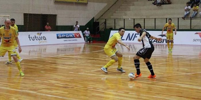 Uma vitória e uma derrota:  Jaraguá Futsal volta com três pontos do Paraná