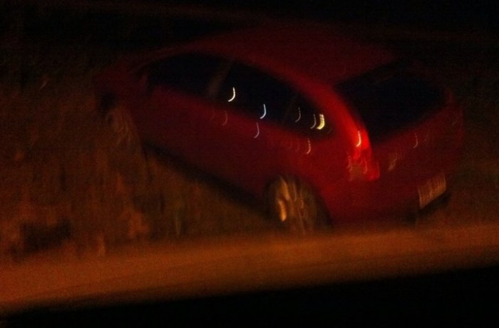 Motorista bêbado bate em barranco na Barra do Rio Molha