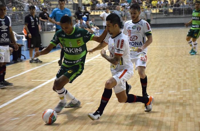 Jaraguá Futsal é superado pelo JEC e cai na semifinal do Estadual