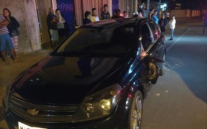 Mãe e filho são atropelados no bairro Santo Antônio, em Jaraguá
