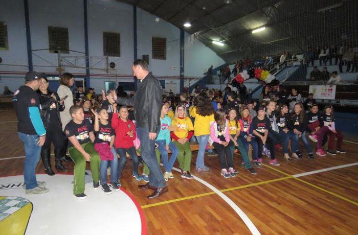 Schroeder forma 270 crianças no PROERD